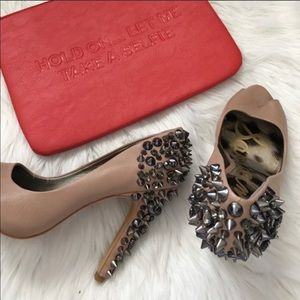 Sam Edelman Lorissa nude spiked leather heels